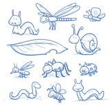 Vektor: Set of cute little cartoon insects and small animals: Bugs, bee, worm, caterpillar, butterfly, spider, snail, dragonfly and leaf. For children or baby shower cards. Hand drawn vector illustration.