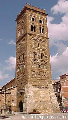 Campanario mudéjar de San Martín. Teruel