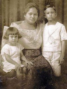Ang Pamilya van Hoven: (L-R) Aurora, Alvara and Carl, 1925 #kasaysayan