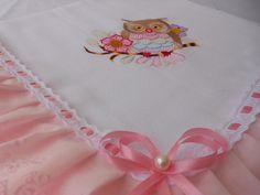 Mantinha de fralda personalizada com bordado a maquina (nome ), lese e passa fita. R$ 40,00