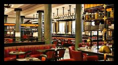 Rosewood London is an exclusive hotel in Holborn, the heart of London. Rosewood London hotel has luxurious rooms & suites, a spa, gym, hip bar & 2 restaurants. London Hotels, London Restaurants, Rosewood London, Rosewood Hotel, London Calling, Belle Epoque, Restaurant Design, Restaurant Bar, Restaurant Interiors