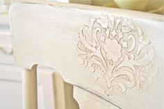 How To Do A Raised Stencil With Vinyl Spackling