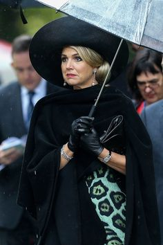 Queen Maxima Photos Photos - Queen Maxima of The Netherlands arrives during a wreath laying ceremony at the National War Memorial, Pukeahu National War Memorial Park on November 7, 2016 in Wellington, New Zealand. The Dutch King and Queen are on a three day visit to New Zealand, making stops in Wellington, Christchurch and Auckland. - King Willem-Alexander and Queen Maxima of The Netherlands Visit New Zealand