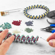 Try your hand at spiral stitching with our new Cellini Spiral technique video! This intermediate stitch is a variation of tubular peyote using graduated sizes of your favorite seed beads. Learn the… Seed Bead Necklace, Seed Bead Bracelets, Beaded Earrings, Seed Beads, Silver Bracelets, Beaded Jewelry Patterns, Bracelet Patterns, Beading Patterns, Making Bracelets With Beads