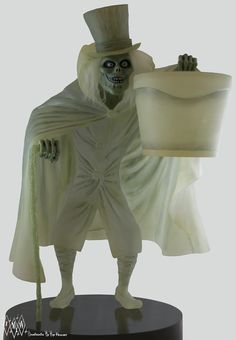 Hatbox Ghost Big Fig on Collectors Quest