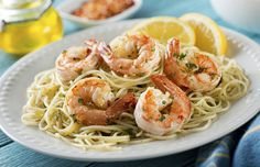 Make delicious shrimp scampi for a special dinner with the help of these simple recipes. Here are the best recipes for shrimp scampi: Spicy Shrimp Pasta, Red Lobster Shrimp, Easy Shrimp Scampi, Seafood Pasta, Linguine, Seafood Dishes, Pasta Dishes, Fish Dishes, Vegetables