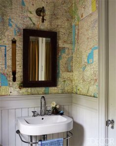 Cloakroom. Map wallpaper.