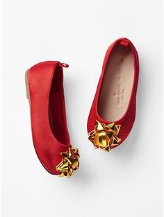 Kate Spade New York ♥ GapKids gift bow ballet flats - Visit unexpected places and imagine your way to holiday. Shop our limited time Kate Spade New York & JACK SPADE ♥ Gap collection of new favorites and perfect gifts. Dress to play.