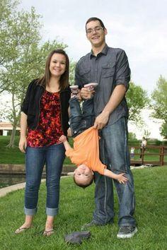 Family photos. Outdoor family photos