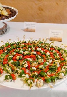 I Calculated the Amount of Food Needed to Feed 200 People at a DIY Wedding R. How I Calculated the Amount of Food Needed to Feed 200 People at a DIY Wedding Reception Wedding Appetizers, Appetizers For A Crowd, Best Appetizers, Appetizer Recipes, Wedding Appetizer Table, Appetizer Party, Pinchos Caprese, Caprese Skewers, Salada Caprese