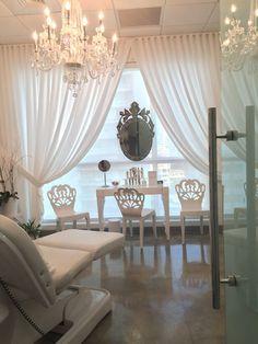 Photos for Leonel Calderón, MD - Yelp Clinic Interior Design, Spa Interior, Salon Design, Facial Room, Lash Lounge, Esthetician Room, Spa Rooms, Salon Business, Cosmetic Stores