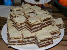 Prajitura foaie peste foaie Sweets Recipes, No Bake Desserts, Healthy Desserts, Cake Recipes, Romanian Desserts, Romanian Food, Healthy Cook Books, Pastry Cake, Food Cakes