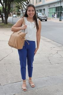 Easy and chic way to wear colored pants!