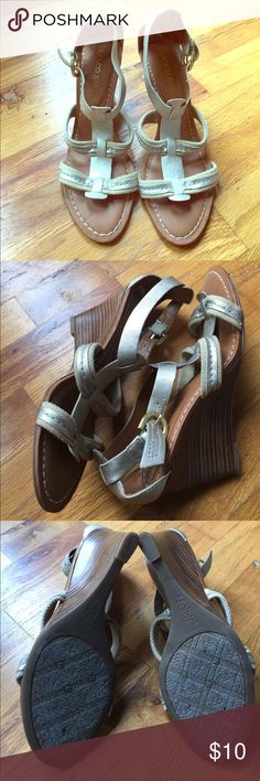 Gold and Tan Franco Sarto Wedges Gold and tan Franco Sarto Wedges size 8. Only worn 2-3 times and are in excellent condition! Perfect for summer/spring dresses!! Franco Sarto Shoes Wedges