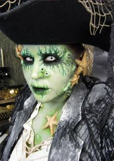 An amazingly detailed take on a watery Davy Jones. (Photo: Goldie Starling/Facebook)http://shine.yahoo.com/beauty/glam-meets-gore-goldie-starlings-awesome-halloween-makeup-182700009.html