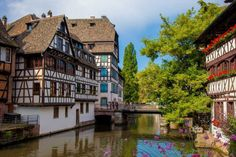 Planning a trip to the amazingly charming capital of Alsace? Don't miss this selection of the best eats in Strasbourg to wine and dine like a local! Petite France, Ville Rose, French Summer, Like A Local, South Of France, Solo Travel, Cool Places To Visit, Architecture, The Good Place