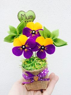 Personalised Felt Pansy Viola Flower Bouquet, Mother's Day Gift, Artificial Flowers, Yellow Purple Spring Flowers, Grandma Birthday Gift – Flowers – Flower Teacher Birthday Gifts, Birthday Gifts For Grandma, Personalized Birthday Gifts, Sister Gifts, Fake Flowers, Artificial Flowers, Fabric Flowers, Gift Flowers, Fleur Pansy