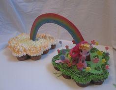 My Little Pony Cupcakes | My Little Pony Cupcake Cake « The Cupcake Blog