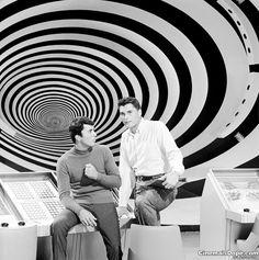 ...ter assistido re-runs de O Túnel do Tempo - e com aquela dublagem muito louca dos anos 60!