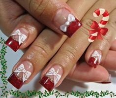 Super cute Christmas nails