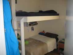 Shared bunk room at Whistler Blackcomb staff housing Sea To Sky Highway, Working Holidays, Ski Season, Gap Year, Whistler, Bunk Beds, Skiing, How To Become, Room