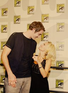 Lee Pace & Kristin Chenoweth. Their height difference is so endearing. #pushingdaisies
