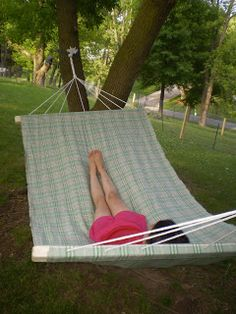 Easy do it yourself hammock tutorial.  I'm definitely going to try this!!!