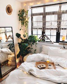 Boho bedroom | greenery | minimalist modern