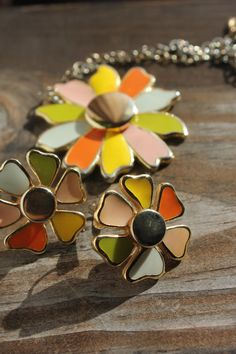 Mod 60's-70's flower power necklace & earring set by #Dusty Luck Vintage