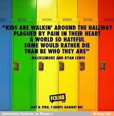 Gay pride: Macklemore – Same Love