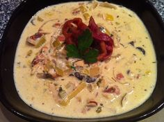 Low carb chicken bacon chowder