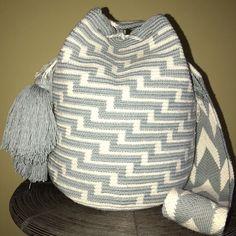 Authentic 100% Wayuu Mochila Colombian Bag Large Size Gorgeous Grey ivory Color  | eBay