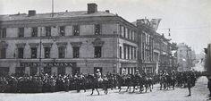 General Mannerheim marching front of Stockmann department store in the hous of Kiseleff in Helsinki, 16 May 1918 - Stockmannin Helsingin keskustan tavaratalo – Wikipedia