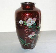 Gorgeous Cloisonné vase Japanese Basse Taille Pigeon Blood Showa Era.