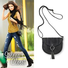 Here you'll find information on the latest outfits that Selena has worn and where to get them. Everything from her day to day, to her award show dresses straight off the runway. Selena Gomez Closet, Award Show Dresses, Latest Outfits, Cross Body Handbags, Awards, Color Black, Purse, Photoshoot, Fan