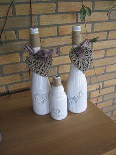 Oppimpen van Canei flessen en bier flesje.