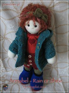 knitted dolls This is a pattern for the OUTFIT ONLY and it is to fit my Raggedy Annabel doll. Knitted Dolls Free, Knitted Doll Patterns, Crochet Patterns Amigurumi, Amigurumi Doll, Crochet Dolls, Knitting Patterns, Baby Converse, Peacock Crochet, Knit Or Crochet
