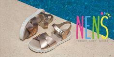 NENS CHILDRENS SHOES. Girls sandals SS17  Este verano, apuesta por la sencillez y otorga un aire chic y sofisticado tanto a tus looks de calle como de noche con este sandalia de NENS.