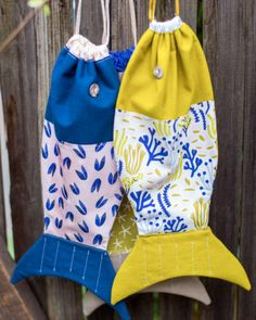 Cloud 9 - Make It Sew - fish drawstring bag - tutorial and pattern :) Drawstring Bag Pattern, Drawstring Bag Tutorials, Drawstring Bag Diy, Sewing Patterns Free, Free Sewing, Free Pattern, Quilting Patterns, Fabric Fish, Fishing Backpack