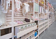 Nature Baby, Organic and natural baby wear and products used Lundia's range of Static shelving to maximise their space. Fully Relocatable. It is cost-saving, versatile and environmentally friendly. Static shelving is fully adjustable