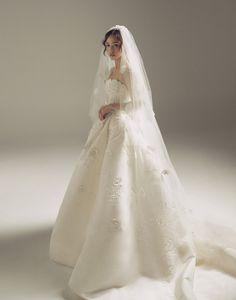 Taeyang Wedding Dress Hairstyle The Royal Weddings