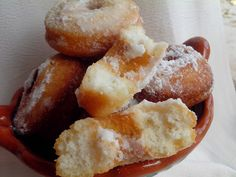 ROSCAS CHILENAS – Cocina Chilena Chilean Recipes, Chilean Food, Churros, Cookie Desserts, Pretzel Bites, My Recipes, Donuts, French Toast, Food And Drink