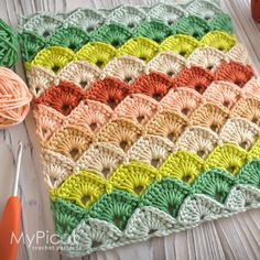 MyPicot is always looking for excellence and intends to be the most authentic, creative, and innovative advanced crochet laboratory in the world. Crochet Box Stitch, Crochet Cowl Free Pattern, Crochet Bedspread Pattern, Crochet Ripple, Crotchet Patterns, Crochet Stitches Patterns, Tapestry Crochet, Baby Knitting Patterns, Crochet Butterfly