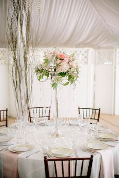 Blush Twin Oaks garden estate wedding: http://www.stylemepretty.com/little-black-book-blog/2014/07/28/pink-garden-wedding-by-heidi-o-photo/ | Photography: http://heidiophoto.com/