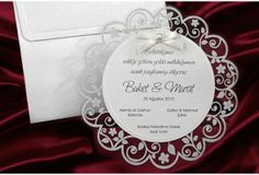 Faire Part #Mariage #Blanc - Fairepart rond   http://www.tour-babel.com/faire-part-mariage/faire-part-mariage-blanc.html
