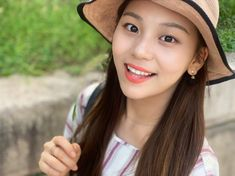 Gfriend-Umji K Pop, South Korean Girls, Korean Girl Groups, Sinb Gfriend, Kim Ye Won, G Friend, Cultura Pop, Foto E Video, Cowboy Hats