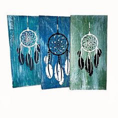 Dream Catcher on Reclaimed Wood Sign Girls Bedroom Wall by LEVinyl