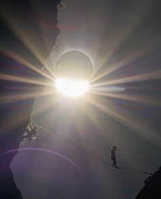 Click To See The Most Amazing Photos of the 2017 Solar Eclipse | Photo Credit: handsomerobinson