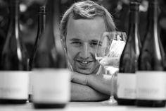 Sauvignon Blanc, Wine Brands, Mens Sunglasses, Falstaff, Live, Roots, Wine, Heroes