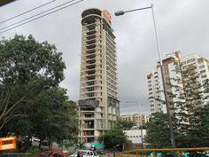 Qué tanto conoces Bucaramanga y su área metropolitana ? Dinos como se llama este nuevo edificio que construyen en Cañaveral ?. Gracias Miguel Angel Suárez (https://www.facebook.com/miguel.a.suarez.56) por compartir esta foto.
